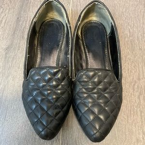 Liz Clairborne quilted loafer
